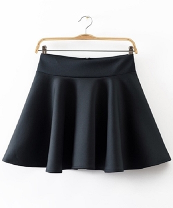 Picture of Black Pleated Skirt